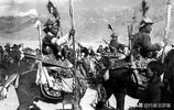 解放前藏族士兵老照片:圖7是藏族重裝騎兵,圖7是藏族弓箭手