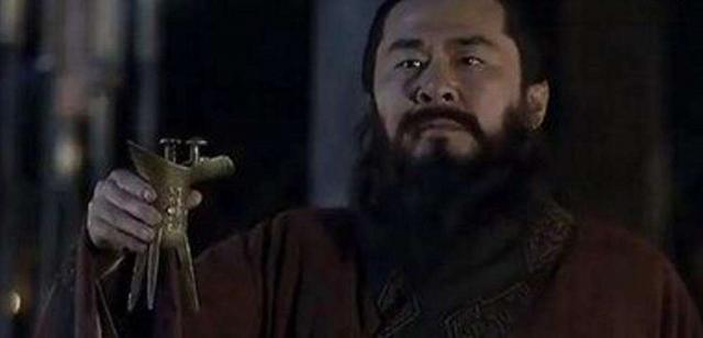 不要再黑曹操,給曹操一個客觀公正的評價!三國第一英雄曹操