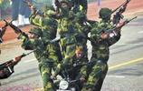 印度阿三的大閱兵,神奇的難以想象!真以為是來了個雜技團!