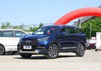 想買一臺15萬落地的SUV,要求空間夠用(身高190),省心保值,有什麼好推薦?
