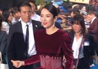 09年的一張舊合照:范冰冰大紅裙搶章子怡風頭,姚晨的表情亮了