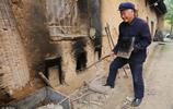 陝西72歲大爺老有所樂,別人眼裡的廢木頭,他做成了藝術品
