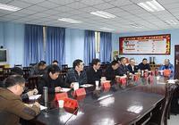 石柱縣委常委、宣傳部部長王瓊英調研指導石柱教育工作