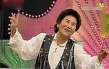 """趙麗蓉老師在春晚舞臺寫下的墨寶""""貨真價實"""",現在去了哪裡?"""