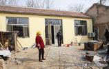 山東76歲老人蓋新房近4萬元,補助1.7萬,家有97歲老人其樂融融