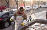 80後夫妻在早市上賣魚,用了這個小技巧,一早上輕鬆賺2000
