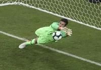 不愧歷史第二身價門將!阿里鬆成巴西國家隊大腿,歐冠決賽也出色