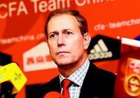 為什麼中國的俱樂部都看不上前國足主帥佩蘭?