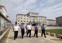 李桂華檢察長到監獄檢查指導工作,要求做好監管安全穩定工作