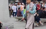 網紅西安五一大雁塔直擊之四:志願者身著漢服成為一道風景線