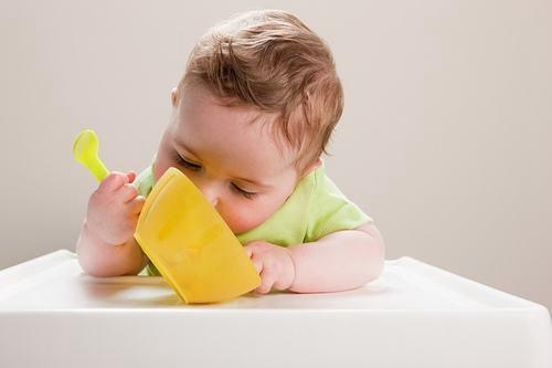 嬰兒期和幼兒期早期教育的不同之處