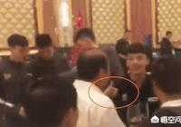 冠軍慶功宴上,廣東隊老闆敬酒時盛讚徐傑併為其豎起大拇指,他是當接班人培養了嗎?
