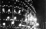 一組老照片,帶你穿越到1930年的上海,夜上海的霓虹燈醉人