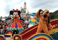 迪士尼體驗管理,米老鼠不能在遊客面前摘頭套,簽名還要一模一樣