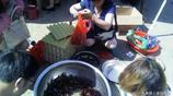 鄱陽湖裡水養的龍蝦個個肥美還大 現在的價格才9塊錢一斤真合理