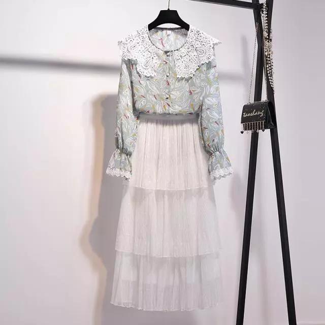 今年流行的半身裙套裝,奔三奔四女人穿,精緻優雅顯氣質