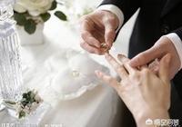 和男友交往同居快四年,今年年初舉辦婚禮未領證,才從他媽媽嘴裡得知他離異還有個小孩,怎麼辦?