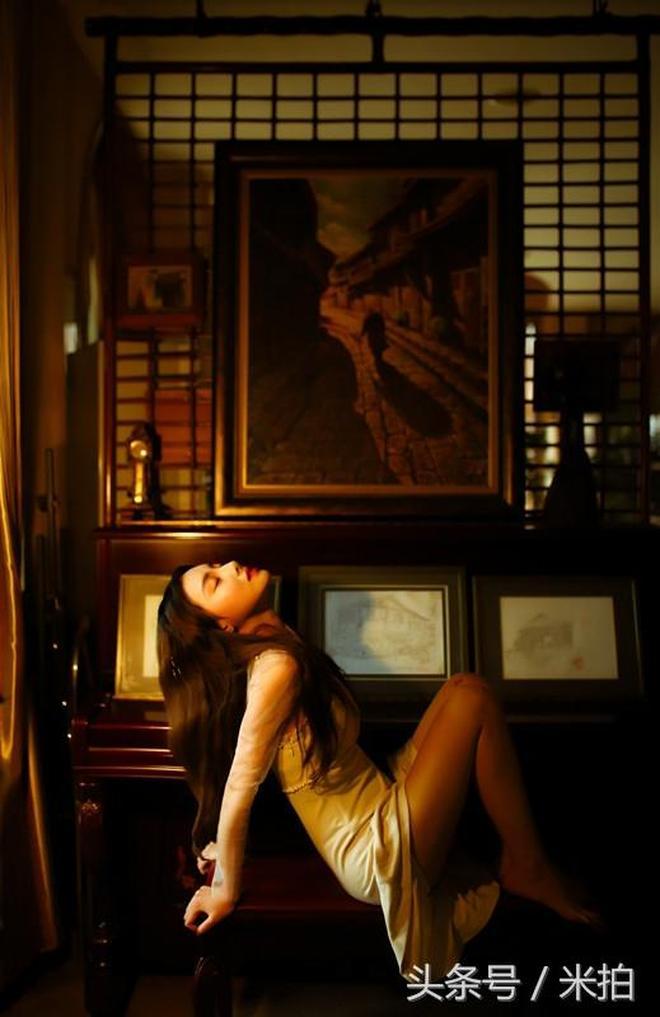 短短一年她已為上千人拍過復古寫真,畫面夢幻好似經典電影!