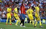 哈維現身伯納烏球場,歐預賽西班牙三球勝瑞典