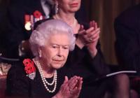 同穿黑色禮服,92歲英國女王用一件披風贏了全場,凱特梅根要多學