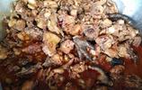農村人的喜宴現場:滿桌的大魚大肉,城裡來的客人卻說吃了會得病