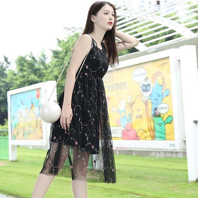 太熱天出門選對衣服最重要,告別了小粗腿水桶腰,穿上裙套裝美上天
