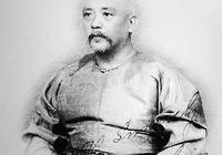 袁世凱是李鴻章提拔的,還是榮祿提拔的?