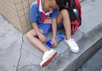 小孩是要在深圳讀書好還是在老家讀書好?