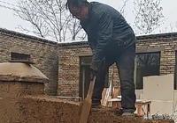 為什麼農村老人有水泥房不住,非要住土坯房?一位老人說出實情