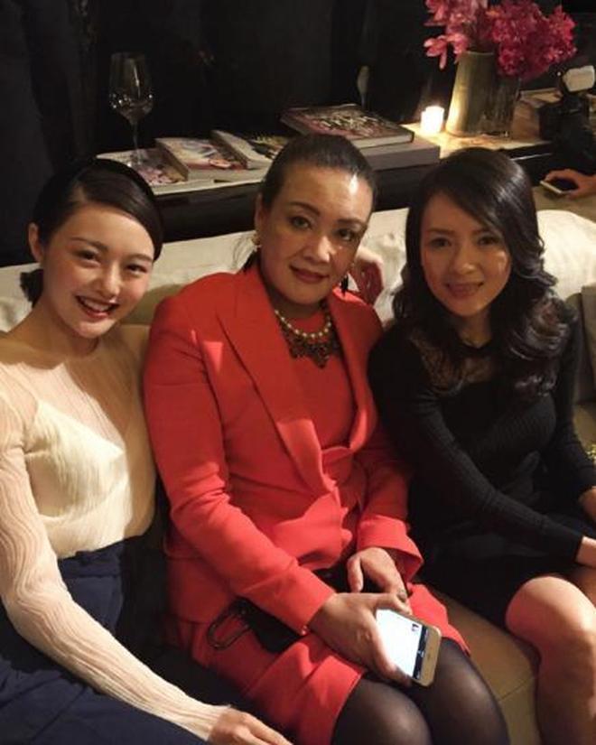鄧文迪宴請眾多女星大腕,李冰冰章子怡都來了,網友:不得不服啊