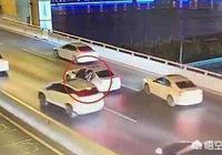 上海17歲孩子,因為和同學發生矛盾,被媽媽批評,跳橋身亡,請問對此你有什麼看法?