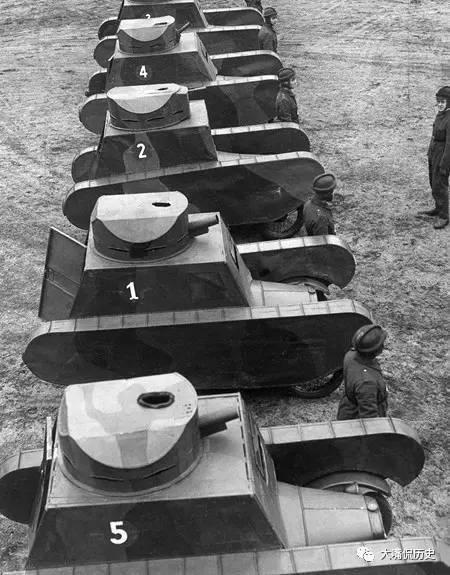 讓人哭笑不得的假坦克:充氣坦克、紙糊坦克、蘆葦杆坦克