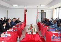 李源潮與布隆迪第一副總統辛迪姆沃和第二副總統布托雷會談