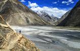 旅遊圖集欣賞:聳山的崑崙山脈圖片