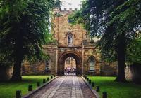 衛報:最好的經濟學專業的英國大學TOP10