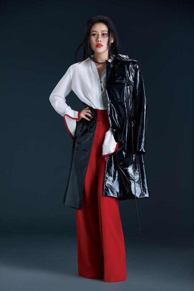袁維婭,畫風清奇天賦嗓音,私服穿搭時尚個性充滿魅力!