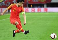 李霄鵬要做好準備,隊長在國足連踢兩場,為了亞冠打恆大必須輪換