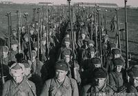 """二戰蘇軍這款""""便攜式反坦克槍"""",簡直就是一門小口徑反坦克炮!"""