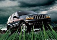 JEEP最失敗的眯眯眼SUV,剛上市要價32萬,如今最低16萬也被嫌棄