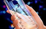 """用華為的有福了:再出新式""""手機殼"""",比蘋果氣派,拿手上特有面"""