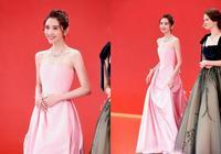 被唐藝昕的紅毯照美到了,身穿一襲粉色禮服甜美可愛,盡顯少女感