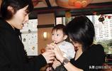 張智霖袁泳儀兒子魔童都長這麼大了,大家覺得像爸爸還是像媽媽?