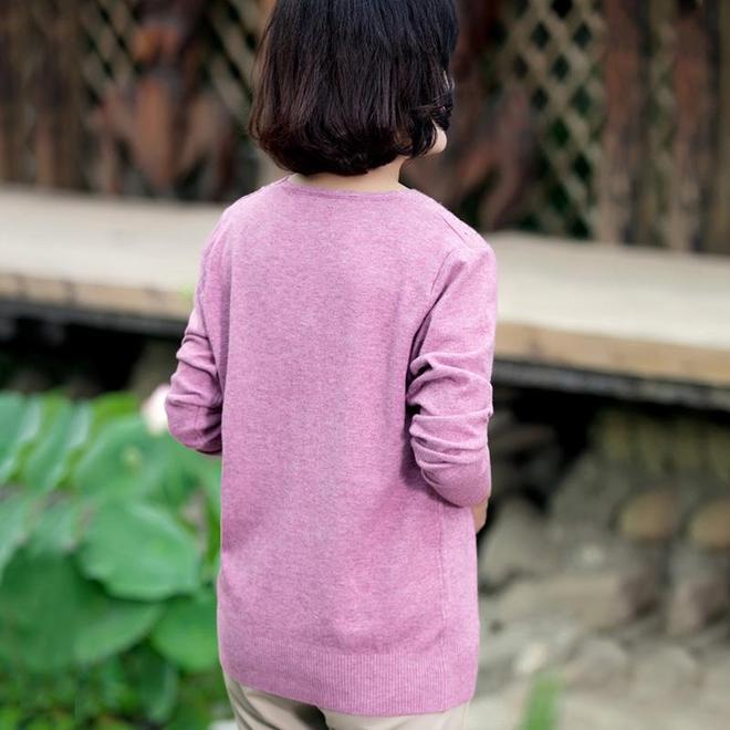 女人過了55,別穿太老氣,多穿這樣的媽媽裝,高貴凍齡有面子