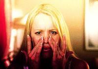 """""""華佗傳人""""授權的祛斑品竟讓她臉掉了幾十層皮!快看你家有它嗎"""