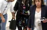 麥當娜現身機場笑容滿面,59歲的她仍初心未變,但身材卻略顯臃腫