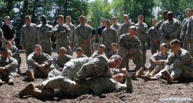 喜歡玩搏擊的美軍