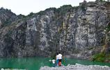 41個廢棄礦坑因地制宜成美景,眾多市民紛紛打卡,但卻異常危險
