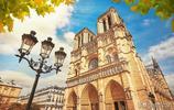 實拍巴黎聖母院的內景,遊客:真的很壯觀