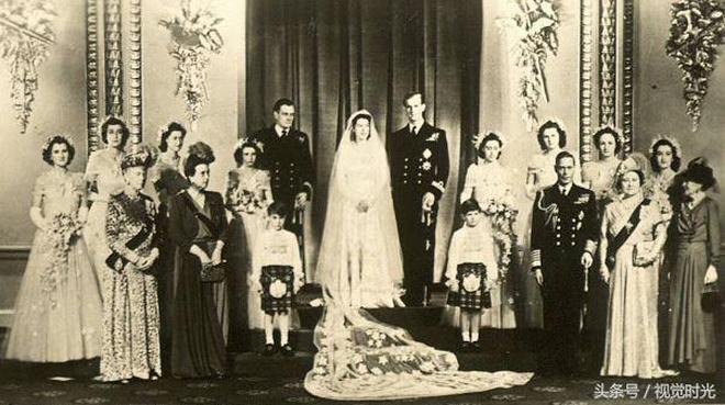 英國女王伊麗莎白二世年輕時的老照片