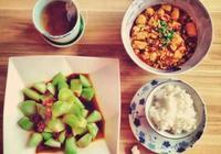 一直困擾老外的問題:為什麼中國菜和飯要分開吃,只有中國人才懂